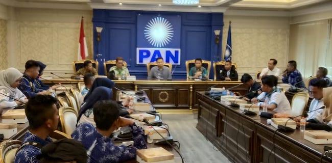 Hanafi Rais Menerima Kunjungan Kartar Sampang