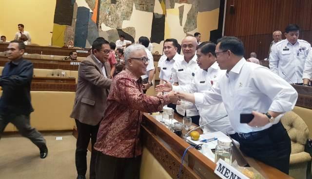 Guspardi Gaus: Kabupaten/Kota Menjerit Soal Ketersediaan Blanko e-KTP