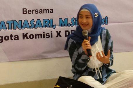 Desy Sosialisasi UU Ekonomi Kreatif Dengan UMKM Sukabumi