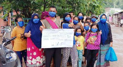 Muhammad Syafrudin Bagi-bagi Masker di Dapil