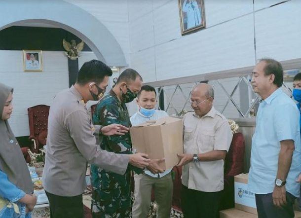 Ashabul Kahfi Serahkan Bantuan APD ke Bantaeng dan Jeneponto
