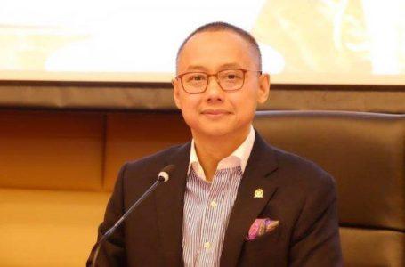 Eddy Soeparno Dukung Pemanfaatan Taman Kota untuk Rapat