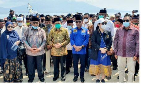 Ali Taher Dukung Pembangunan Pendidikan Di Indonesia Timur